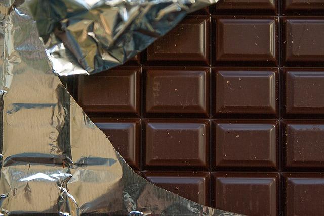 Nestlé lance sur le marché une tablette de chocolat sans sucre raffiné