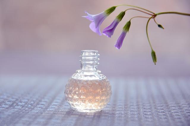 Enquête sur l'univers des parfums de luxe