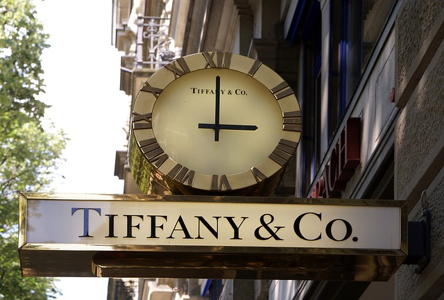 LVMH et Tiffany : nouveau feuilleton de la guerre commerciale entre la France et les États-Unis